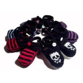 chaussons-rayes-noirs-et-differentes-couleurs-bleu-rouge-volet-fait-main-de-fabrication-francaise-pour-bebes-rock-de-0-6-mois-10